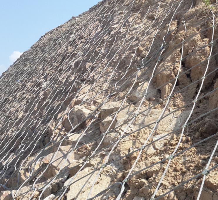 钢丝绳防护网